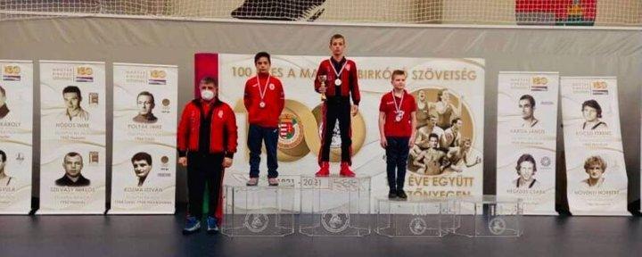 Берегівчанин Юрій Ясінський переміг на чемпіонаті Угорщини з вільної боротьби.