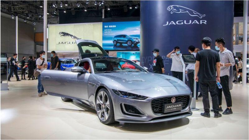 А до 2030 електричними стануть усі автівки Land Rover.