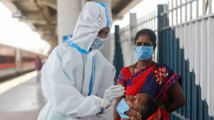 В Індії критична ситуація з коронавірусом.