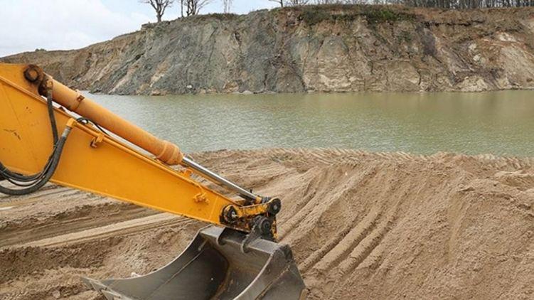 У новому законопроекті з водного транспорту хочуть провести схему з видобутку піску.