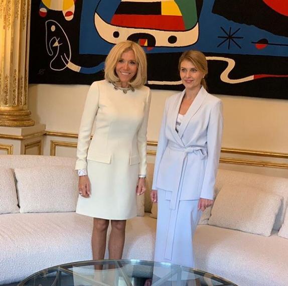Олена Зеленська та Бріжит Макрон тепер подруги.