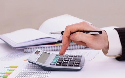 Заволодіння майже 1,3 млн грн на незаконних фінансових операціях – в Ужгороді судитимуть бухгалтера держпідприємства.