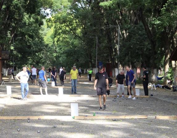 Вчора, 25 вересня, у Боздоському парку відбувся перший змагальний день міжнародного турніру з петанку «Каштани-2020».