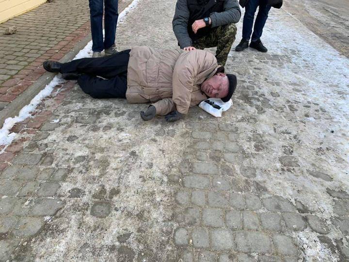 Нещасний випадок стався поруч одного з корпусів ужгородського вишу.