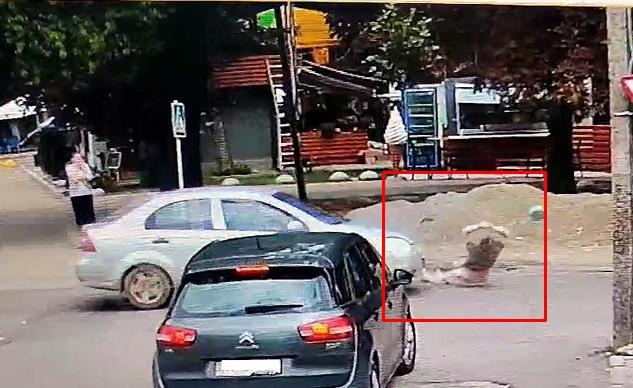 Автопригода трапилася 21 липня в обласному центрі Закарпаття, в Боздоському парку.