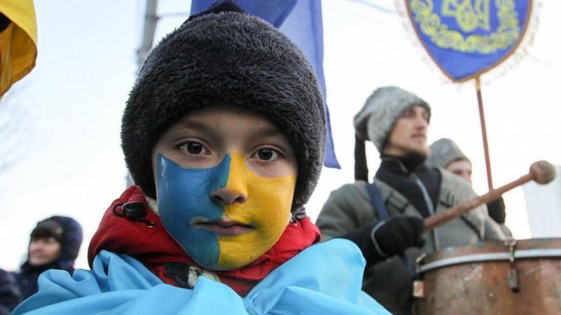 Індекс щастя українців у 2020 році у порівнянні з 2019 знизився більш ніж удвічі. Загалом цей показник в Україні нижчий, ніж у світі загалом.