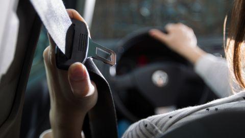 За 20 днів на дорогах області партульні спіймали 464 непристебнутих водіїв.