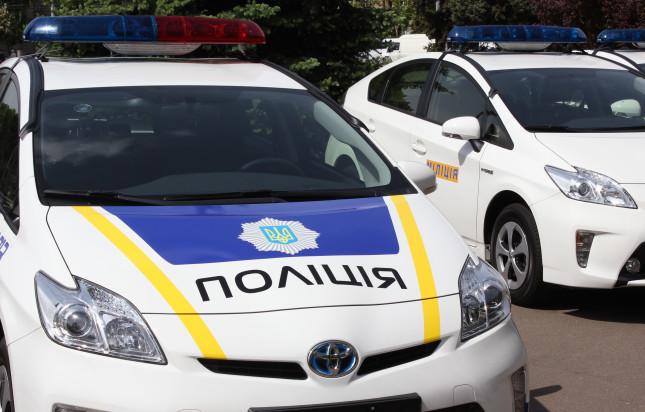 На електронну скриньку Головного управління Нацполіції Закарпатської області надійшло повідомлення про замінування службових автомобілей національної поліції Закарпаття.