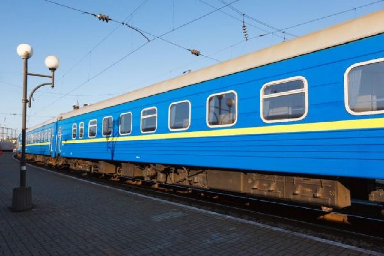 На свята до Закарпаття призначать додаткові потяги