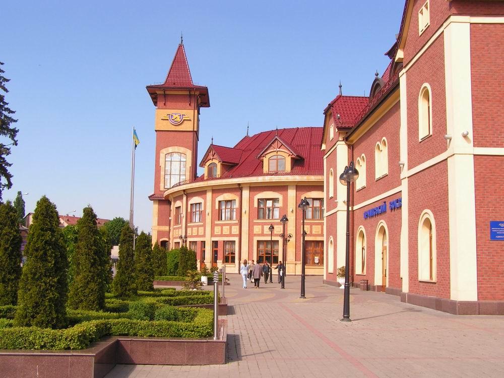 В місті Ужгороді, 30 серпня, під час служби з охорони громадського порядку в районі залізничного вокзалу гвардійці помітили чоловіка, що почав уникати зустрічі з правоохоронцями.