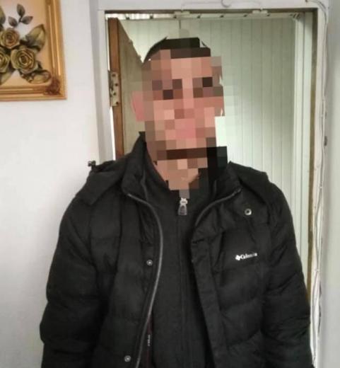 Закарпатські поліцейські отримали орієнтування від колег з Волинської області на раніше судимого зловмисника, який в грудні минулого року вчинив грабіж.