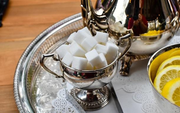 Вартість цукру впевнено зростає протягом декількох місяців, зазначають експерти ринку.