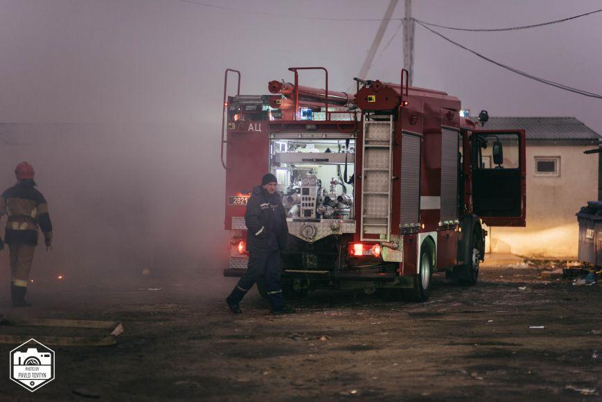 """Результат пошуку зображень за запитом """"пожежа торгового павільйону"""""""
