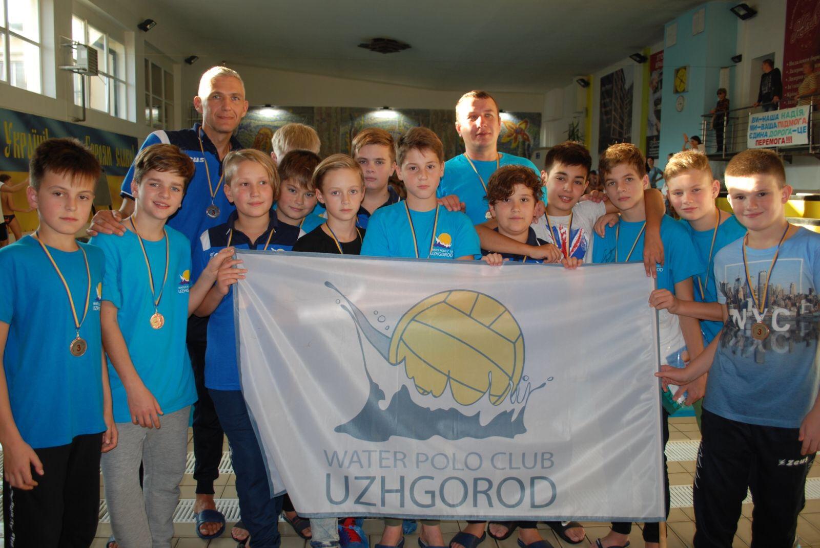 Команда ВК «Ужгород» 2007 р.н. стала бронзовим призером Чемпіонату Львівщини. Хлопці у напруженій грі з рахунком 9:6 перемогли команду ДЮСШ №3.