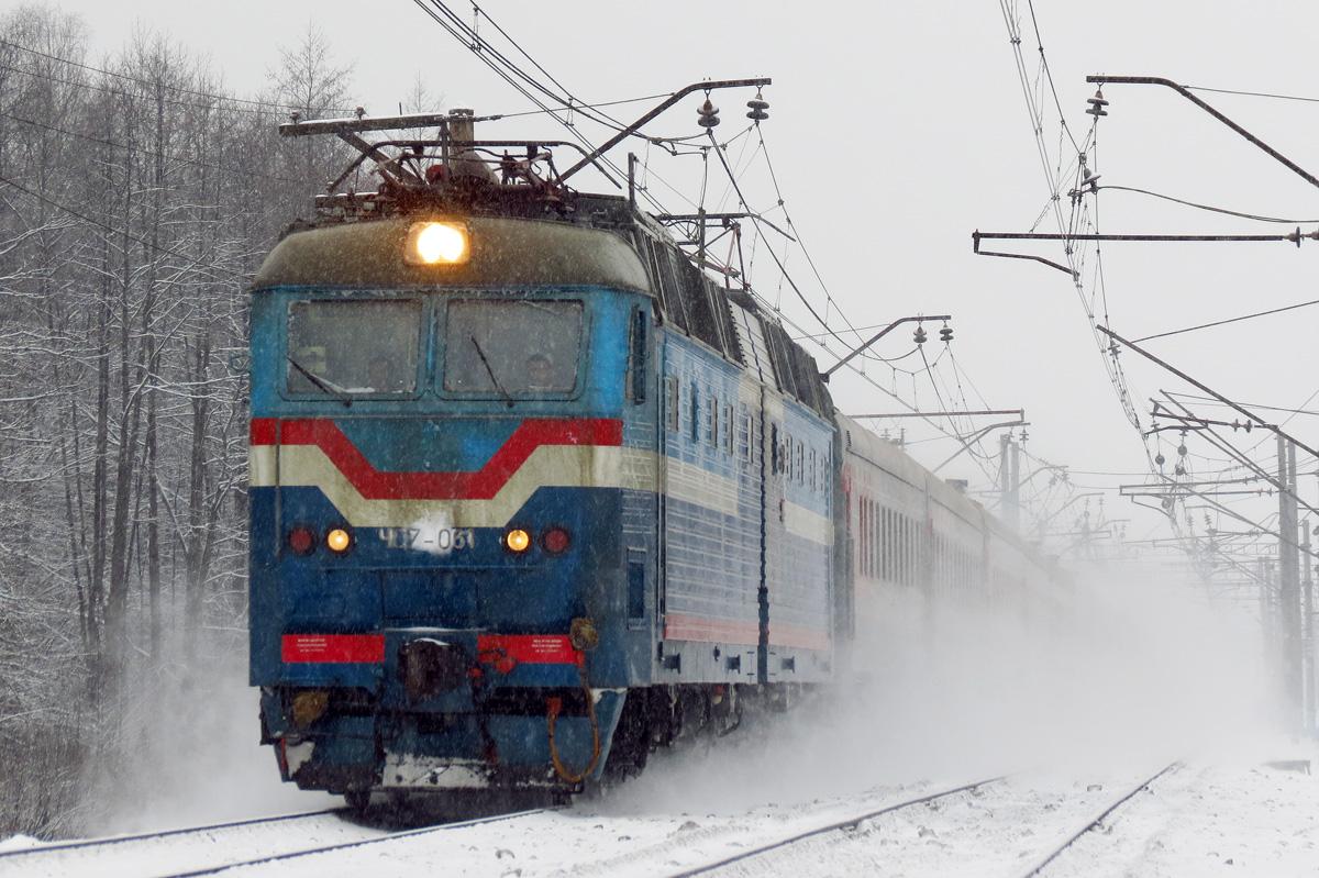 Уноворічних потягах наЗакарпаття залишилося більше 3-х тисяч вільних місць