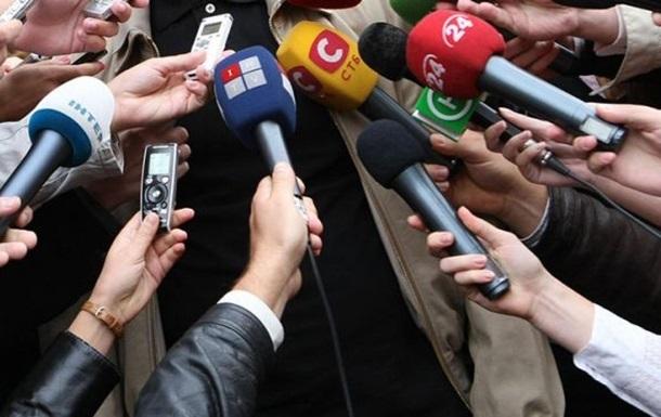Законопроектом також хочуть зобов'язати ЗМІ вказувати авторів новин і маркувати ті з них, на які
