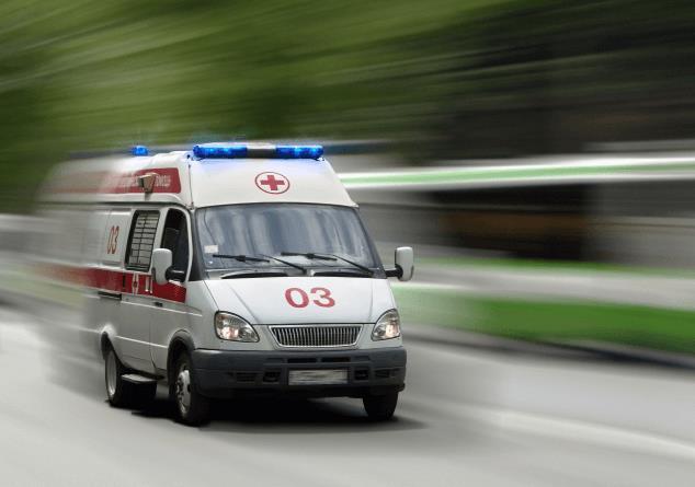 Поки чиновники рапортують про успіхи медичної реформи, українцям все складніше отримати допомогу в наших лікарнях.