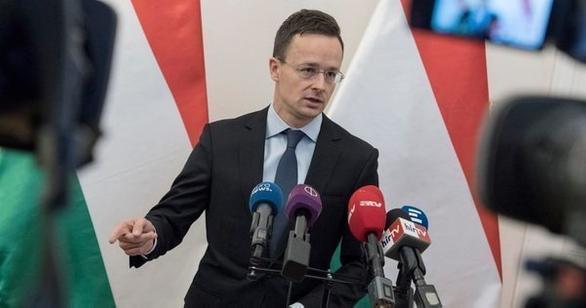Угорщина вважає діі української влади по відношенню до закарпатських угорців неприпустимими і викликає посла України в Угорщині.
