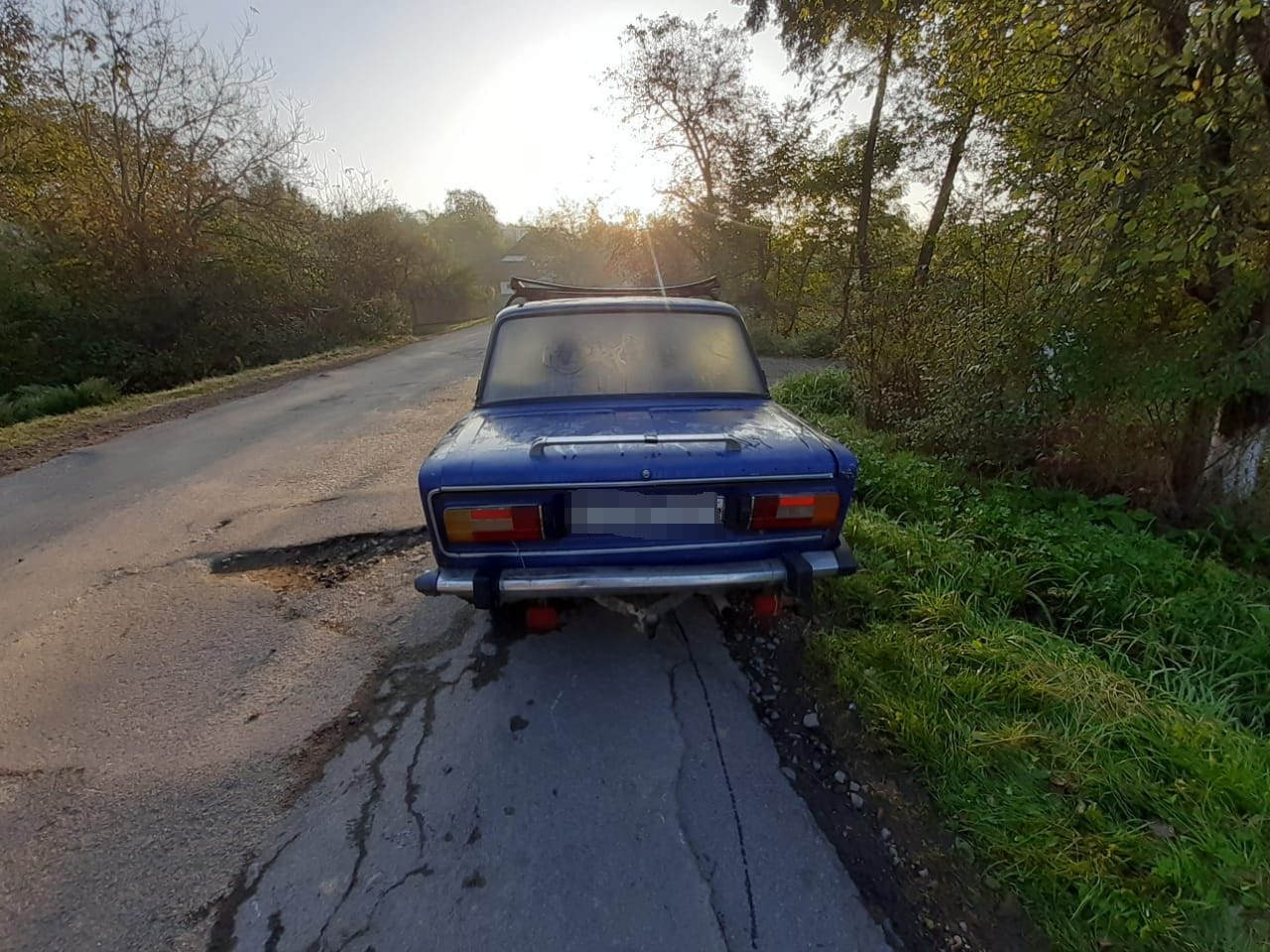 Викрадення автомобіля відбулося в селі Осій.