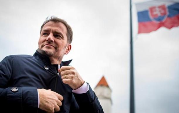 Прем'єр зробив свою заяву напередодні Дня боротьби за свободу і демократію - державного свята Словаччини та Чехії.