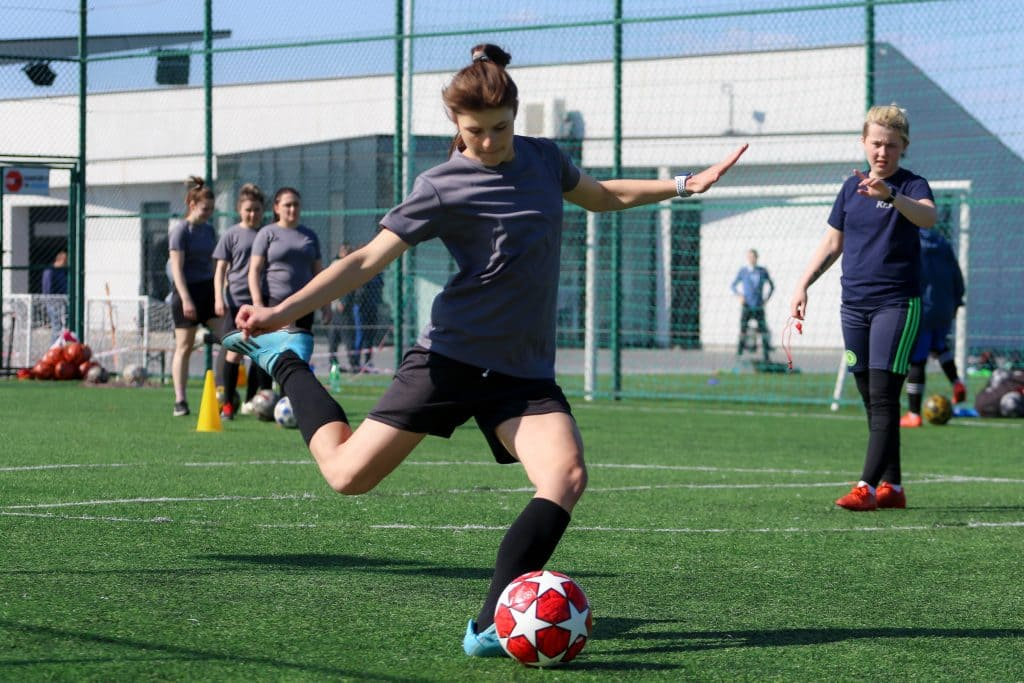 На базе клуба продолжает тренироваться женская сборная Закарпатья, с которой ФК «Минаж» недавно начал сотрудничество.