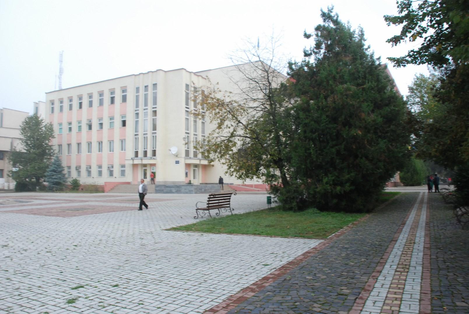 Сьогодні, 24 березня, в Іршаві пройде ХХХ позачергова сесія Іршавської міської ради VІІІ-го скликання.