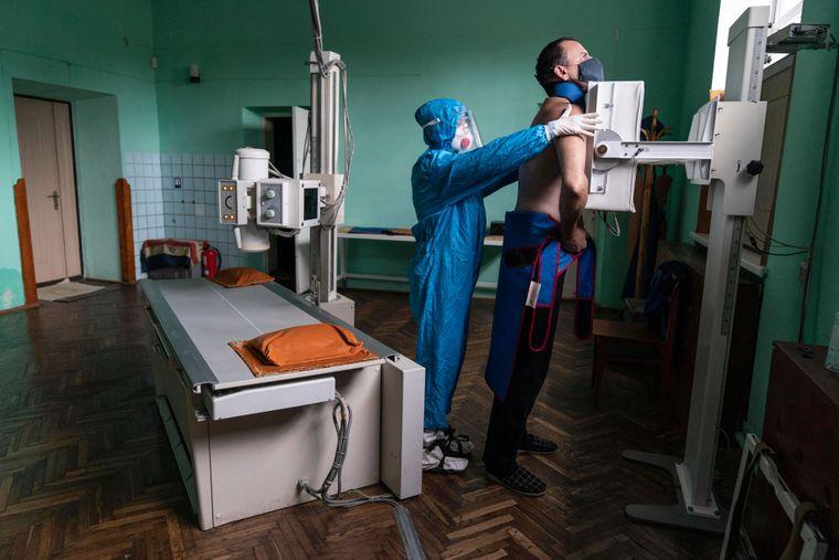 За минулу добу у 169 пацієнтів підтверджено коронавірус методом ПЛР. З них 3 – медики та 7 – діти.