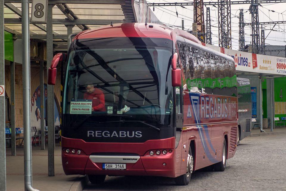 Курсуватимуть тільки мікроавтобуси пасажиромісткістю  до 9 осіб.