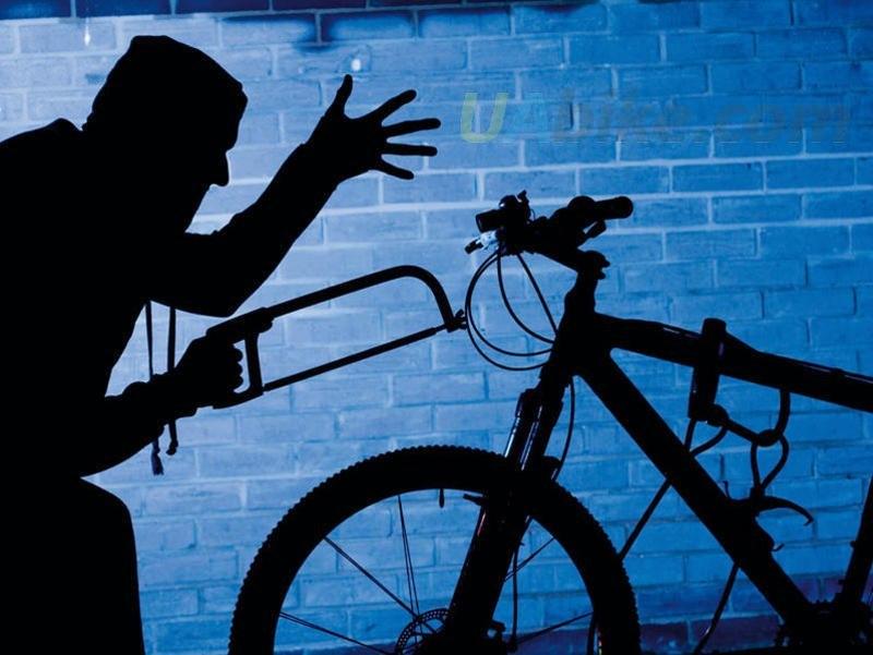Із повідомленням про крадіжку з приватного помешкання до поліції звернувся мукачівець. Чоловік повідомив, що невідома особа викрала з його квартири велосипед.