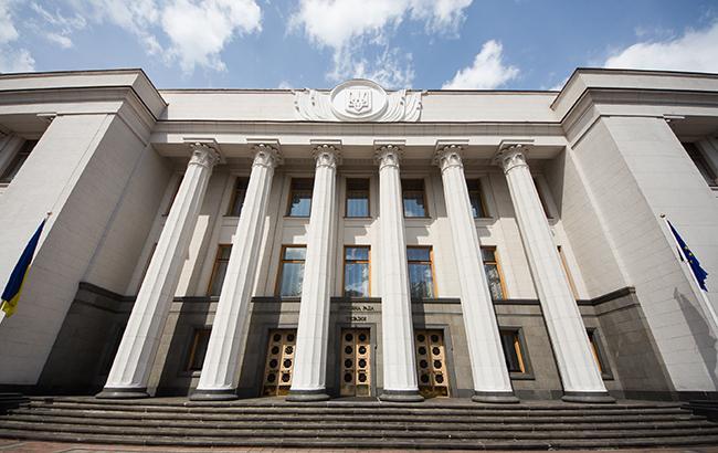 Як повідомили у прес-службі Закарпатської ОДА, Кабінет Міністрів України ухвалив рішення про перехід до другого етапу послаблення карантину з 22 травня цього року.