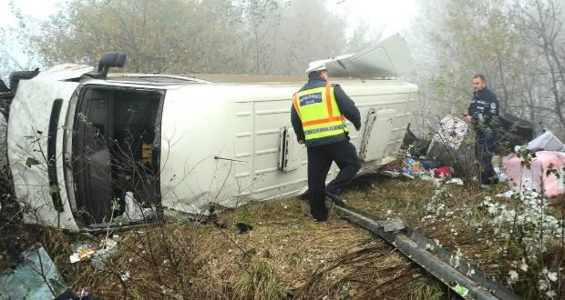 Постраждали семеро пасажирів транспортного засобу.