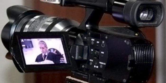На Закарпатті Виноградівський районний суд зобов'язав місцевий відділ поліції відкрити кримінальне провадження за ознаками злочину за частиною 1 статті 171 Кримінального кодексу України.