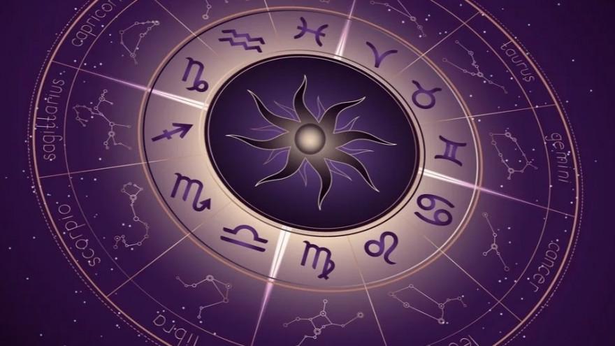 Гороскоп на сьогодні, 11 вересня 2020 року, радить Скорпіонам не займатися питанням, які пов'язані з нерухомістю. Козерогам варто приділити час самоосвіті.