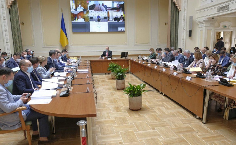 Кабмин проводит внеочередное заседание и утвердил новый проект районирования областей.