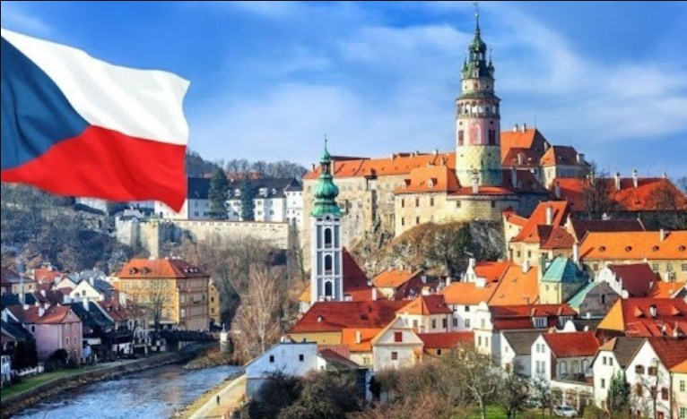 Наразі у пунктах тимчасового перебування іноземців та осіб без громадянства перебуває щонайменше 170 українців, які поїхали в Чехію по біометрії.