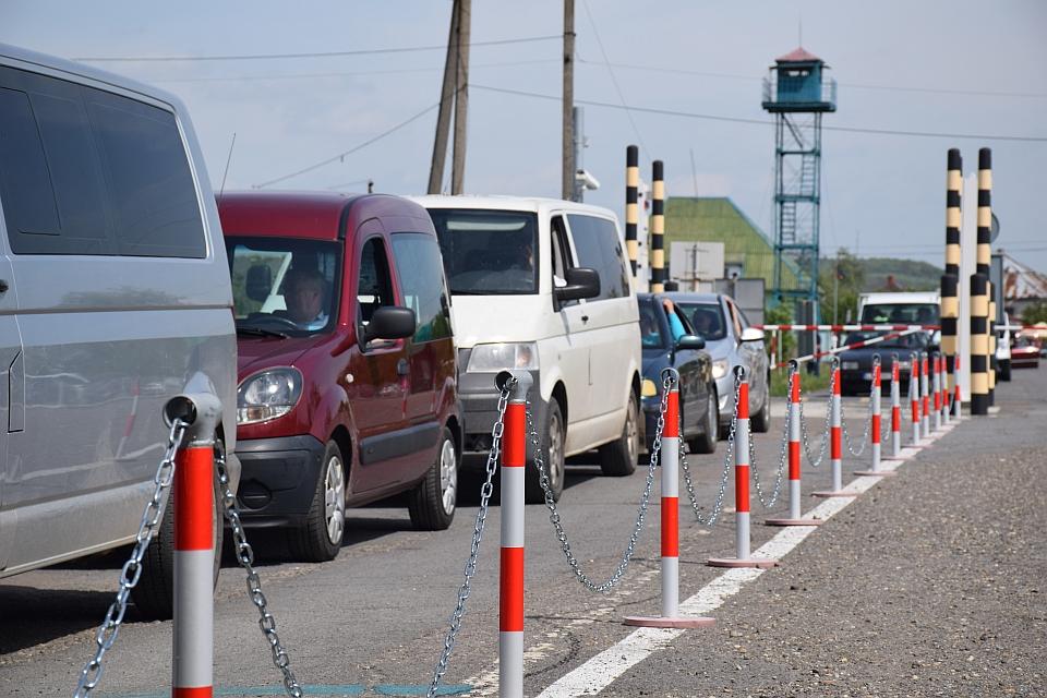 Прикордонники Мукачівського загону розпочали комплекс заходів, щодо забезпечення  максимально комфортного перетину кордону впродовж літнього туристичного сезону.