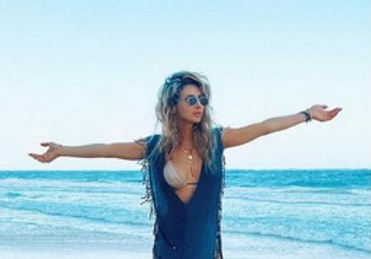 Відома співачка Світлана Лобода показала нове фото з пляжу. Відповідний знімок вона показала на своїй сторінці в Instagram.