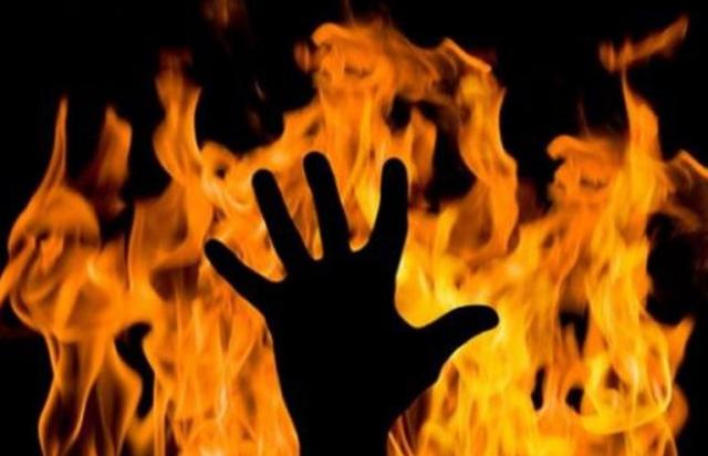 На Великоберезнянщині 81-річна жінка намагалась себе спалити