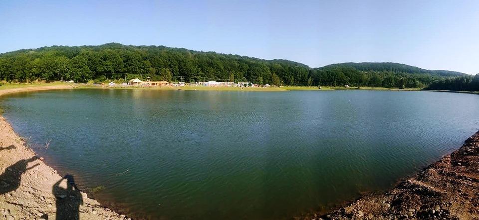 Запливи відбудуться в селі Оріховиця на озері «Шамбала».