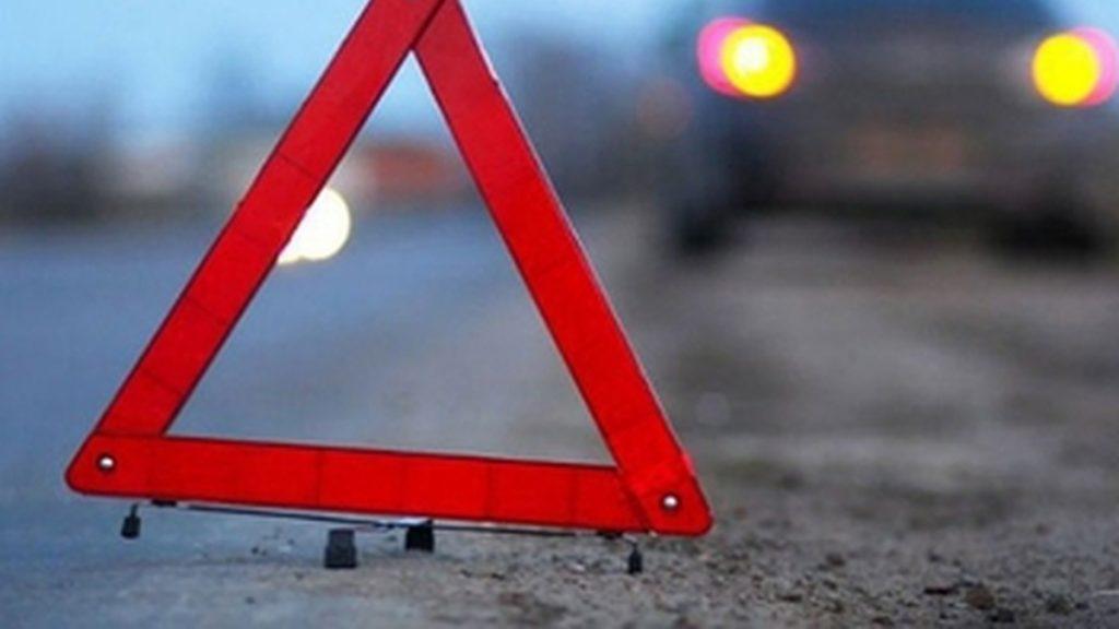 9 березня о 04:19 в оперативно-рятувальну службу надійшла інформація про дорожньо-транспортну пригоду за участі легкового автомобіля Opel Astra за адресою: смт Великий Березний, вул. Шевченка.