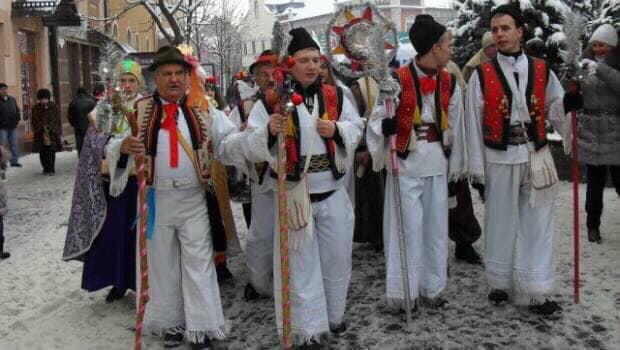 За доброю традицією у перший день Різдва бетлегеми Будинку культури пройдуть вулицями Мукачева, щоб сповістити його мешканцям та гостям добру звістку – народження Месії світу, інформує Мукачівський ві