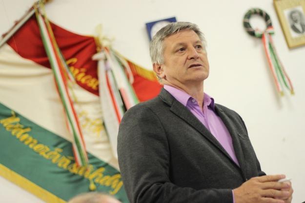 Багато закарпатських угорців залишають Україну через проблеми з медичним обслуговуванням.