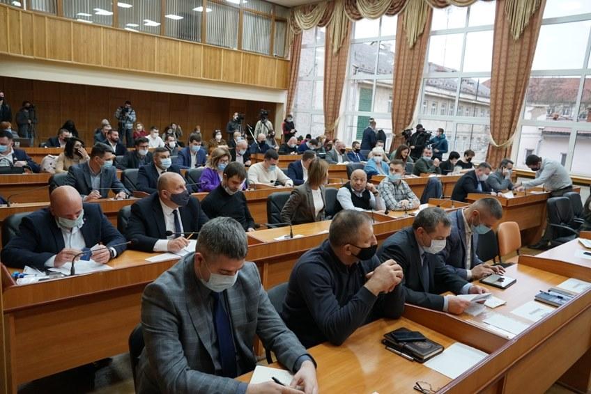Сьогодні на сесії Ужгородської міської ради депутати підтримали Програму економічного і соціального розвитку м. Ужгород на 2021 рік.