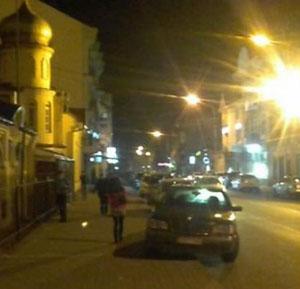 Під час патрулювання опівночі в Ужгороді на вулиці Швабській поліція охорони затримала чоловіка, який спричинив тілесні ушкодження в область голови своїй дружині.