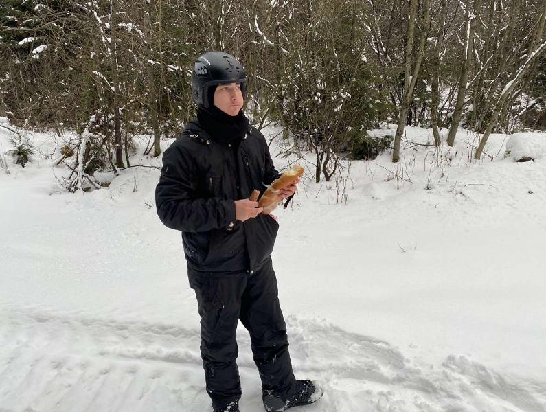 2 лютого одночасно, о 14:45, до Служби порятунку надійшло два повідомлення про те, що в горах Рахівського району заблукали туристи.