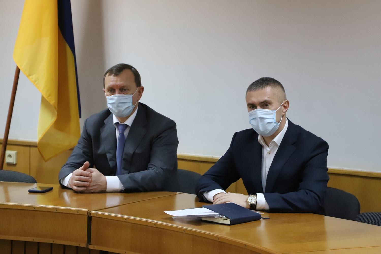 В Ужгородській міській раді відбулася нарада щодо готовності комунальних служб реагувати на можливі наслідки негоди