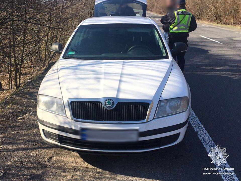 Сьогодні зранку екіпаж патрульних отримав виклик про грабіж у селі Соломоново Ужгородського району.