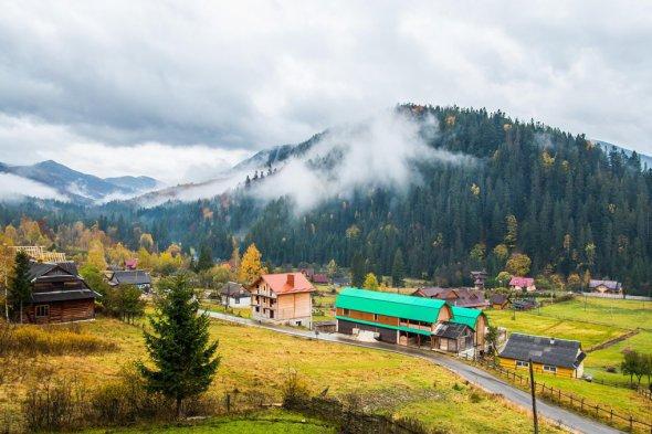 На Закарпатті 214 населеним пунктам надали статус гірських, основним критерієм є їх розташування на висоті 400 метрів і вище над рівнем моря.