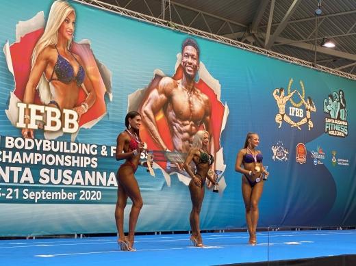 18 вересня на Чемпіонаті Європи з бодібілдингу та фітнесу у Санта-Сусанні пройшли змагання жінок у артистичному фітнесі (фітнес без акробатичних елементів).