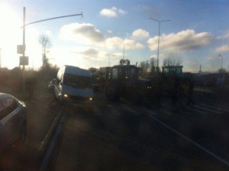 Фермери заблокували трасу Київ-Чоп уЛьвівській області